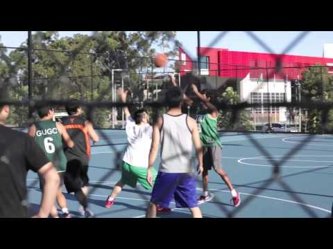 First Year Uni - The Griffith University Village Experience