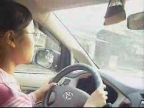 Heka tập lái xe