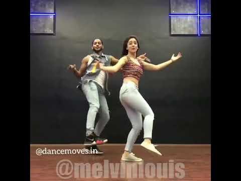 Yami Gautam dance