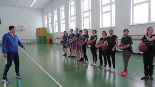 Урок физкультуры 10 класс Курбанов М.К.