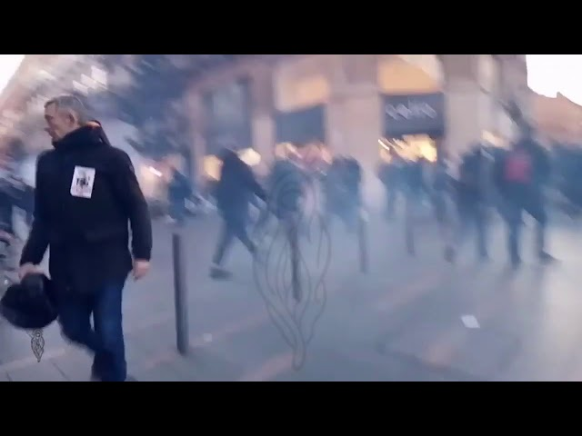 People trapped by police 'ambush', gas Gilets Jaunes  Yellow Vests Toulouse, 11/01/20, live 3 cut 10