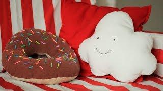 DIY Прикольные подушки своими руками(В этом видео создаем подушки: прикольный пончик donuts и милое облачко! Группа в Контакте: https://vk.com/club80014775 ..., 2016-06-06T05:47:24.000Z)