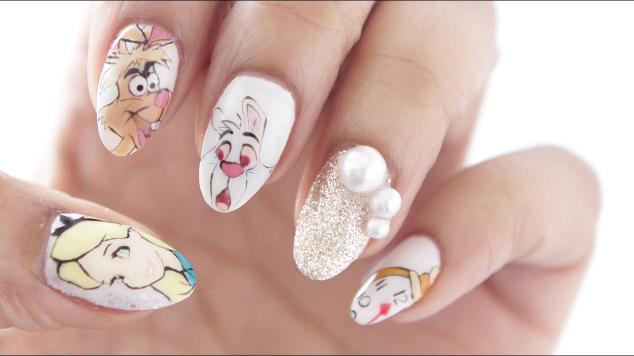HOW TO | ALICE IN WONDERLAND NAILS - YouTube