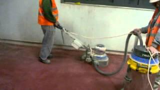 Superbeton - broušení, leštění, barvení betonové podlahy.avi