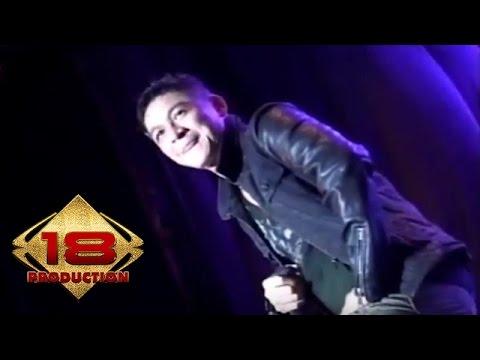Ungu - Ciuman Pertamam (Live Konser Palembang 2014)