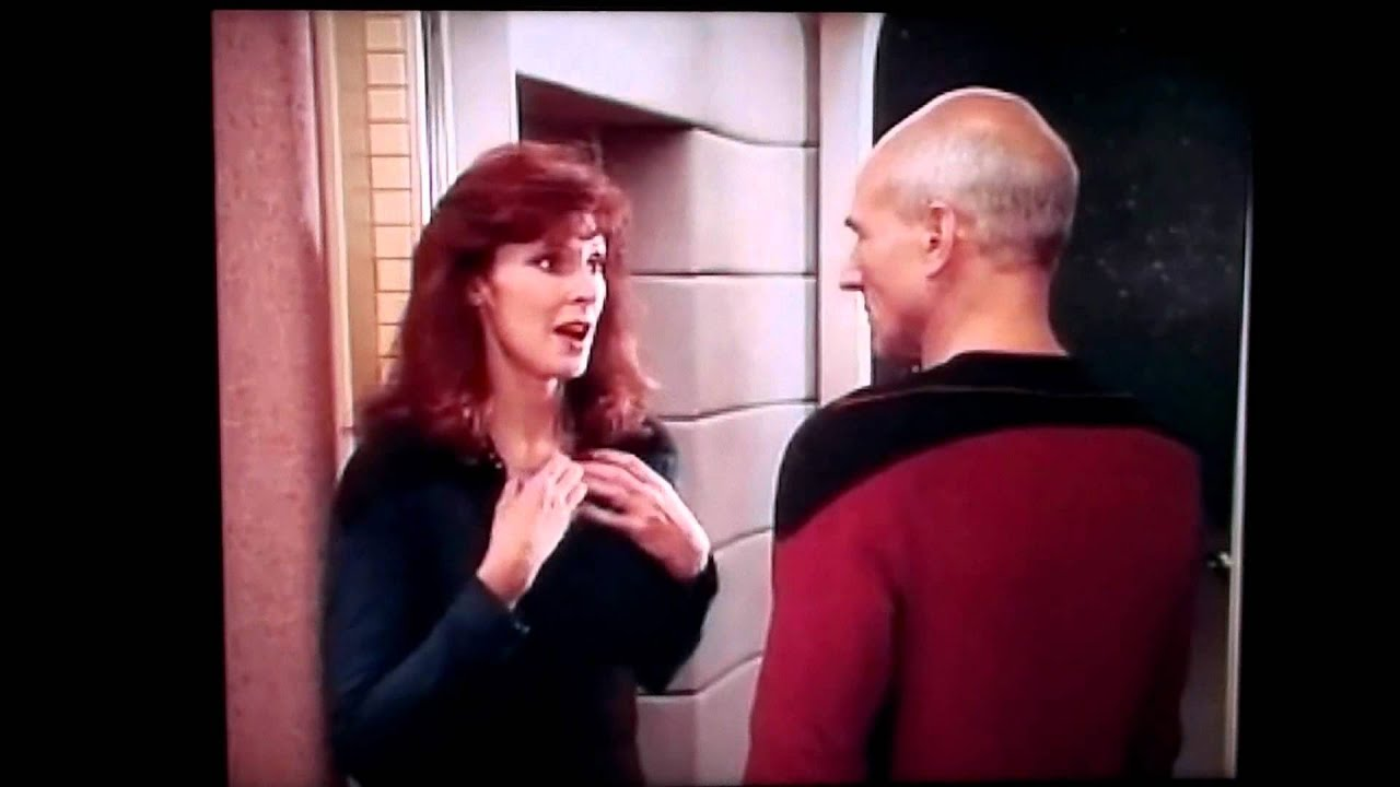 deanna troi and beverly crusher nackt
