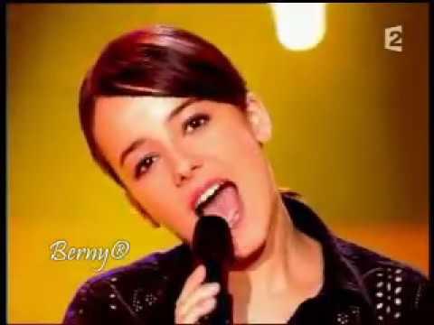 Alizée - La Isla Bonita + lyrics - YouTube