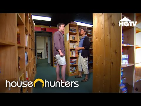 Tiny House Hunters: A Book Lover's Tiny House | HGTV