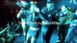 Repeat youtube video Fuera Ropa El Komander desde el POTRERO 2011 www bajaryoutube com