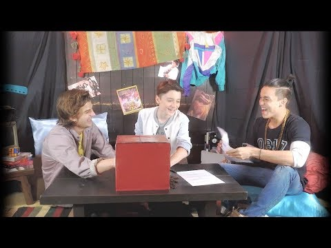 What's in the Mystery Box? (with Stranger Things 2 Cast ft. Will Byers and Steve Harrington)