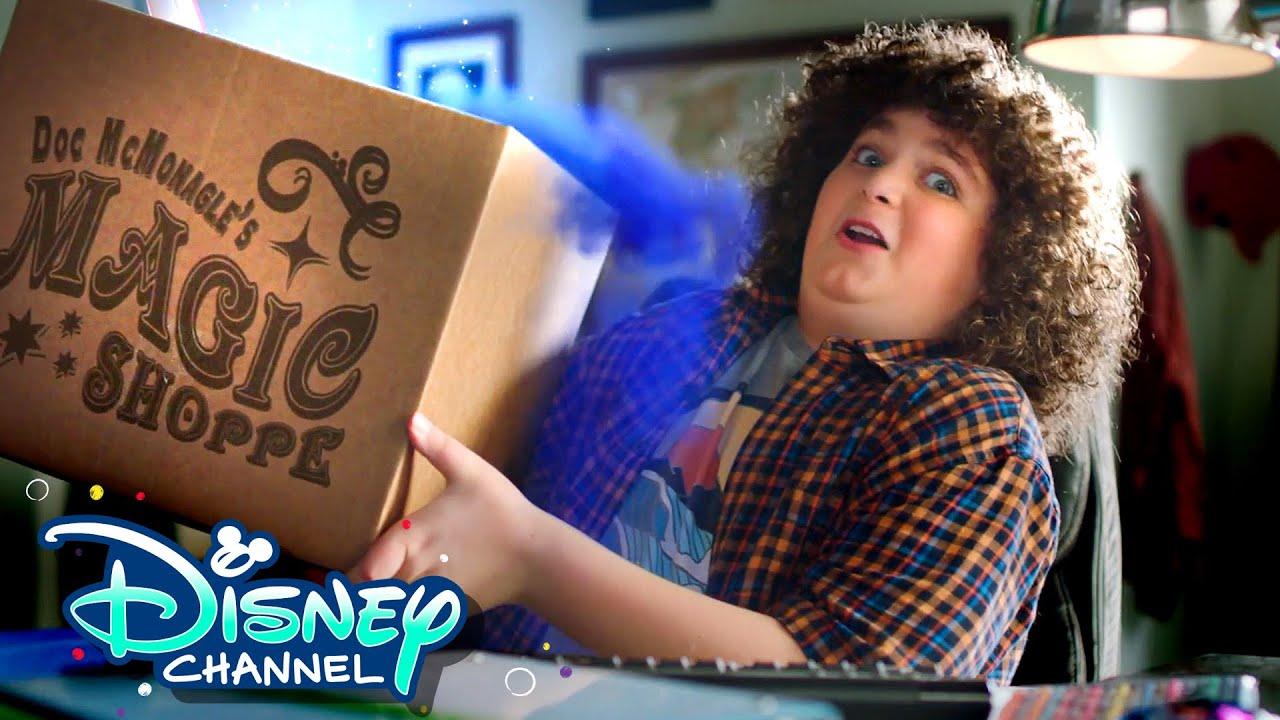 Back to School Unboxing with Elliot ✏️| Upside-Down Magic | Disney Channel