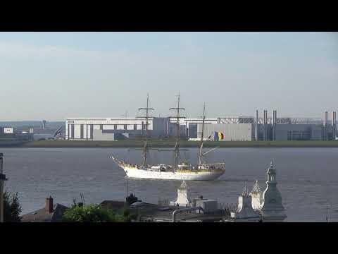 Romanian sailing ship MIRCEA visits Hamburg