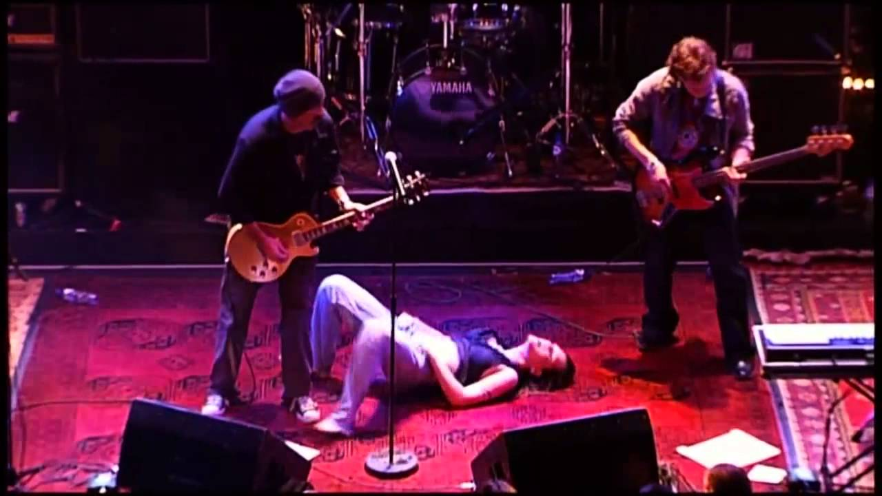 Beth Hart Immortal Live at Paradiso - YouTube