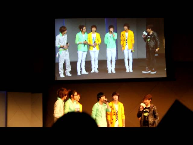 110809 B1A4 Singapore Showcase - Baro Message in English and Gongchans making heart