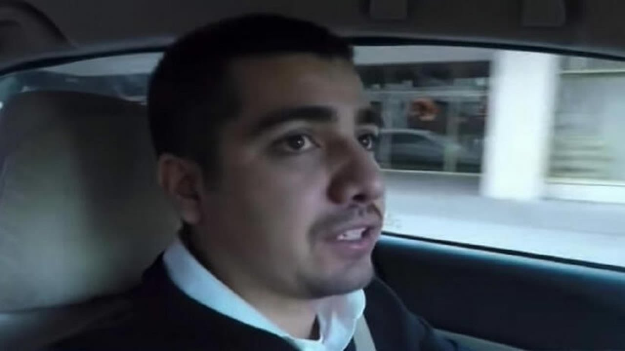 Taxista lleva a chica de 16 años, él nota que algo está mal y llama a la policía – esto termina en…