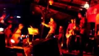 AMINOR band live Perform @CAFE BCNY CIANJUR Cover SOULJAH ( Tak Selalu )