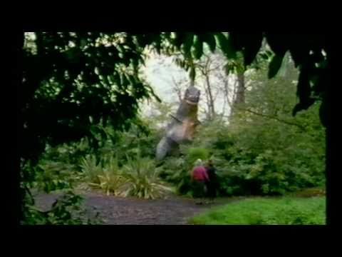 Elton John\'s gardens with Rosemary Verey. - YouTube
