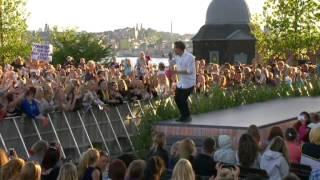 Gambar cover Oskar Linnros - Hur Dom Än Live allsång på skansen