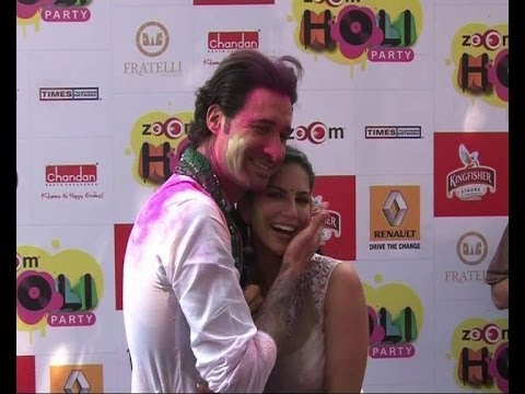 Sunny Leone, Poonam Pandey at Holi party - Bollywood Country Videos Travel Video