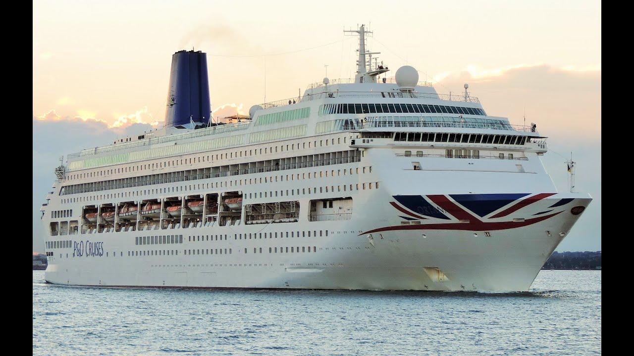 Oriana Cruise Ship Leaving Dublin Port