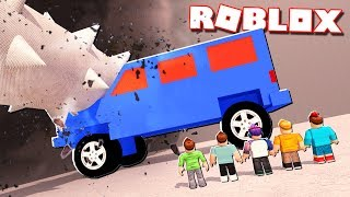 Roblox Adventures - THE BIGGEST CAR DESTROYER EVER! (Car Destroyer Simulator)