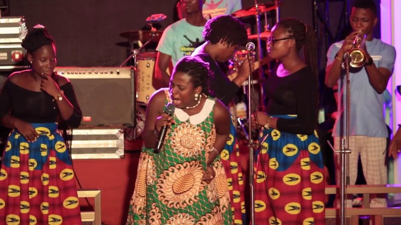 Download AWURAMA AHINFUL@ATMOSPHERE OF WORSHIP 2018 KOFORIDUA