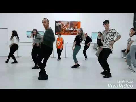 Coreografia zumba - ANACONDA Nichi Minaj