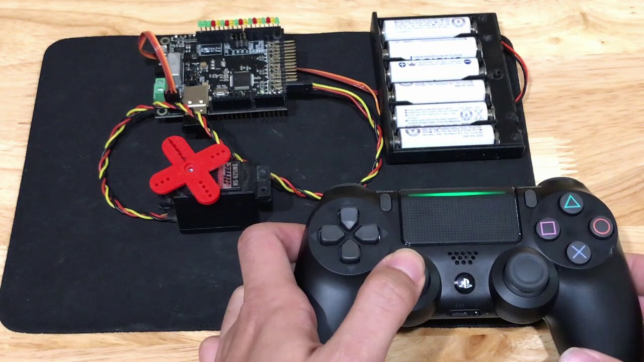 Servo Control with PS4 Controller