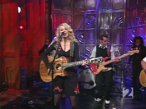 Taylor Swift - Our Song - Live Regis &...