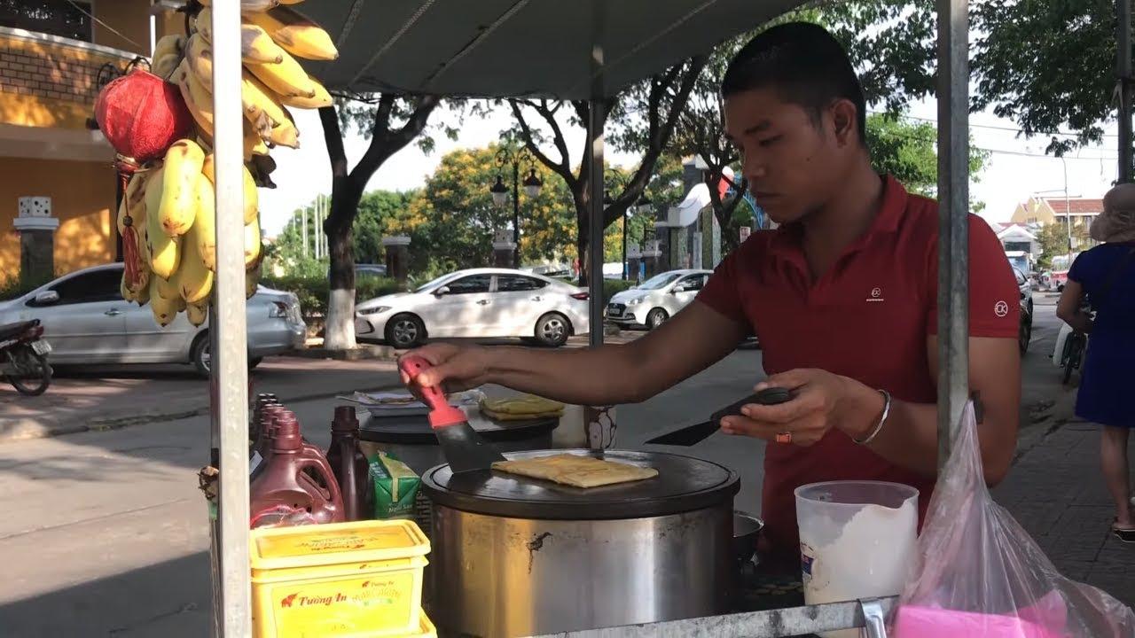 Đến Hội An ăn bánh chuối Thái Lan/ anh trai làm bánh cực dẻo tay đẹp mắt I Đói ăn gì?
