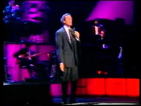 Julio Iglesias - Nathalie [Live in Barcelona 1988]