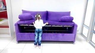 Маша раскладывает диван двухъярусная кровать, или как его называют диван трансформер.(Диван двухъярусная кровать цена 38 000 руб. от компании Интеллект мебель Заходите к нам на сайт www.интеллект-м..., 2016-01-31T10:45:11.000Z)