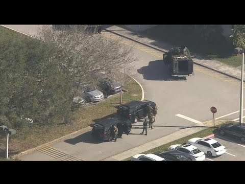 New questions raised over whether Florida gunman could have been stopped