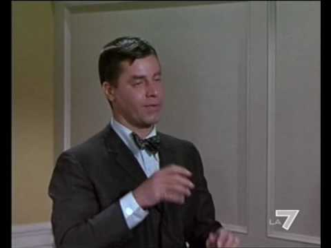 Jerry Lewis - The Typewriter (Scene From WhoS Minding The Store).avi