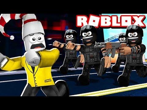 SWAT TEAM ATTACK (Roblox Jailbreak)