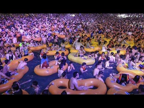 Çin: Wuhan'daki havuz partisi koronavirüs salgınına karşı stratejik zaferdir