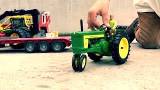 BRUDER Tractors toys 🚜 BRUDER JOHN DEERE unloading farming gear by JACK(4)