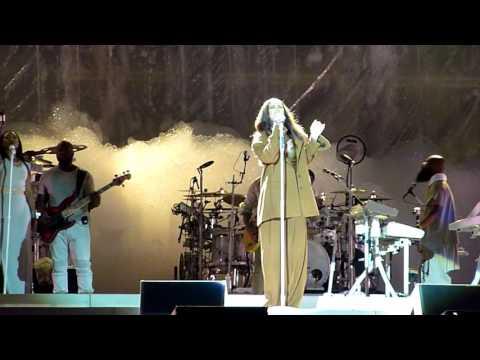 Rihanna - Love On The Brain (live) - Copenhagen, Denmark - 7-7-2016