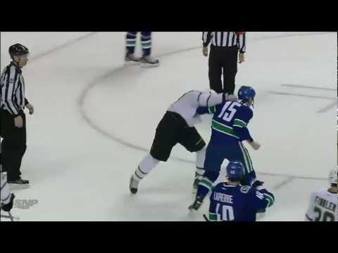 3 fights in 3 seconds in Vancouver Canucks vs Dallas Stars game. Feb 15th 2013