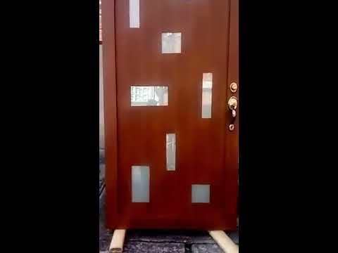 Puertas herreria en tonos madera youtube for Puertas de herreria forjada