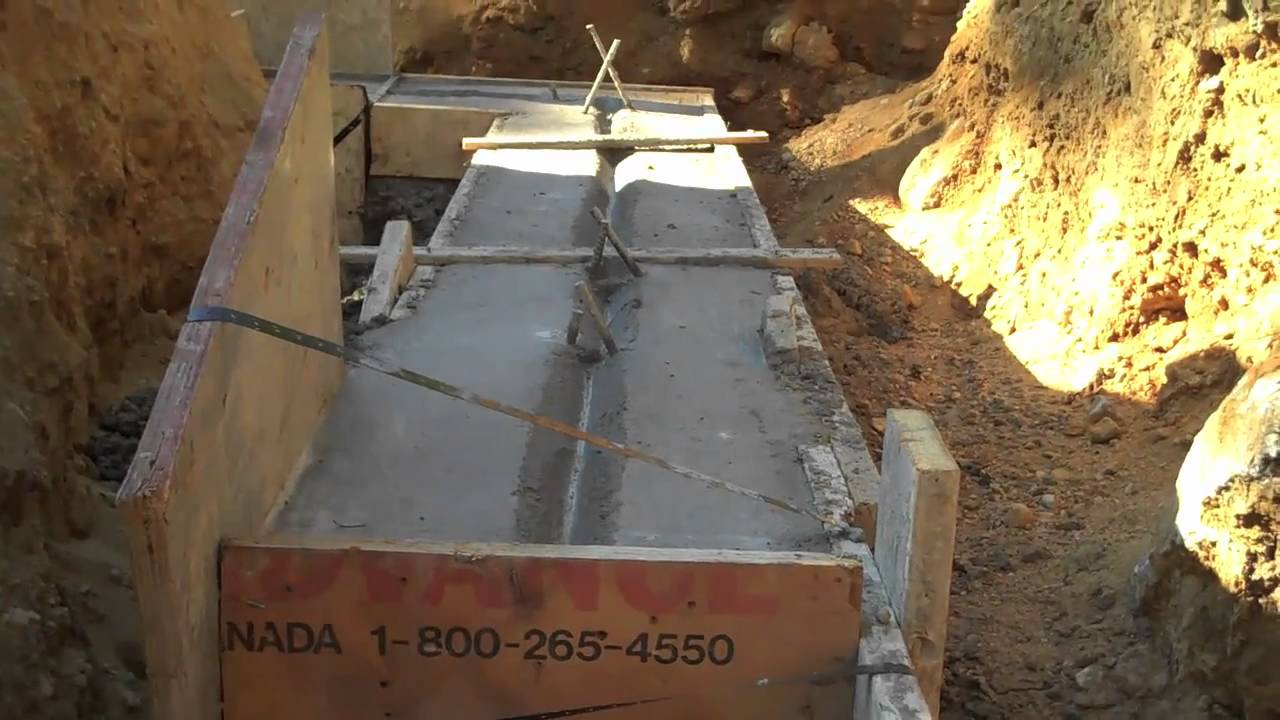 concrete footer part 3 - House Footer