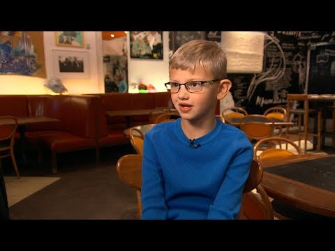Download Youtube:   Boy with congenital heart defect becomes a chef for a day