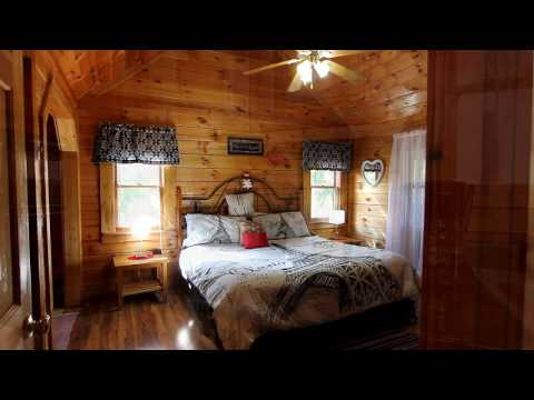 """Honeymoon Getaway"" Affordable Cabin in Pigeon Forge For Couples - Cabins USA 2017"