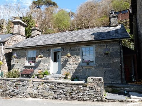 Luxury Cottage For 2 In A Lovely Snowdonia Village