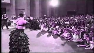 Selena Bidi Bidi Bom Bom Instrumental