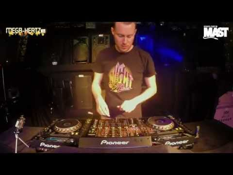 DJ MAST LIVE MIX @ MEGAHERTZ on CDJ2000nexus, DJM900nexus &