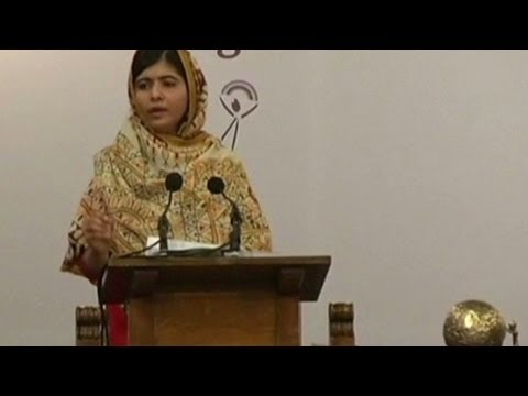Malala Yousafzai wins Children's Peace Prize.