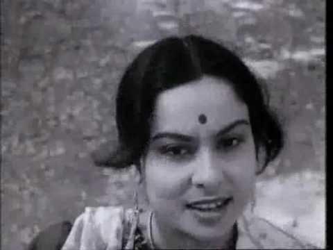 "Charulata - Rabindra Sangeet: ""Fule Fule Dhole Dhole"" (The Swing Scene)"