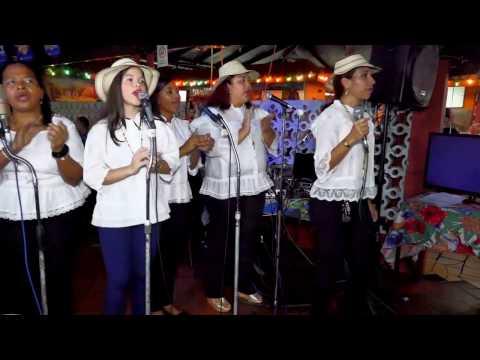 Panamanian folk music-Video y audio Tino Castro-Restaurante El Carbón Rojo-Panamá