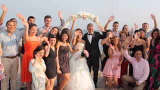 Wedding ceremony on a beach in Barcelona  /  Свадебная церемония на берегу моря в Барселоне